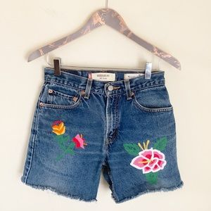 Madewell x Levi's VTG 505 embroidered jean shorts